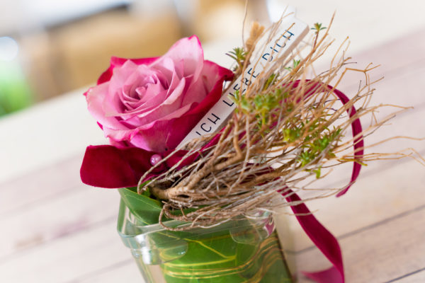 08095 Gartenbaugruppe Wuerzburg Valentinstag Rose Ichliebedich